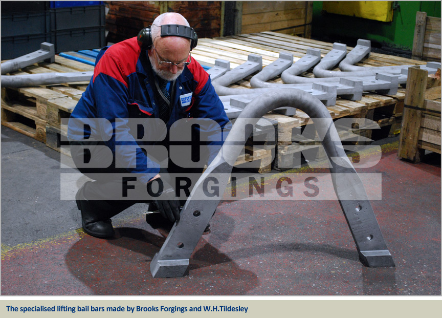 lifting bail bars for industrial crucibles