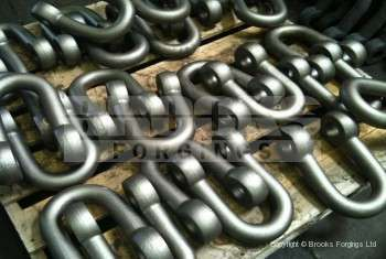 15 - Forged Shackles