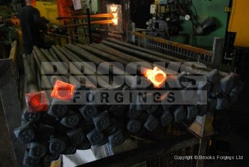 31 - Upset forged M42 x 1000mm SQ head bolts
