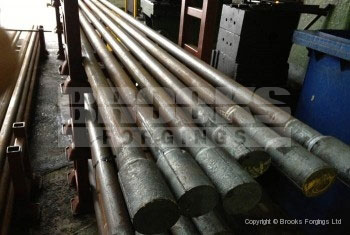 43 - Upset forging of 6 meter length bar ends